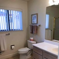 Vista Apartments Bathroom 2